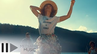 Alexandra Ungureanu & The dAdA - In lumea noastra (Official Video)