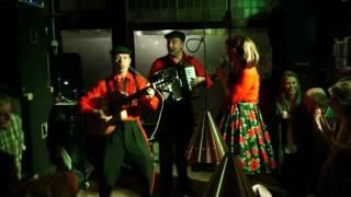 Bekijk video 2 van Smartlappen Trio op YouTube