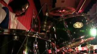Klo & Kweh - Live show in Sydney ( Bo Tud Drum skill )