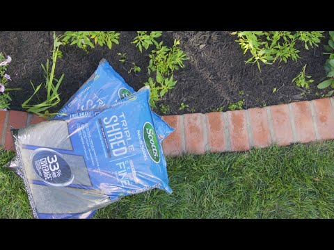 Extra Fine Mulch For Your Landscape - Scotts® Nature Scapes® Triple Shred Mulch