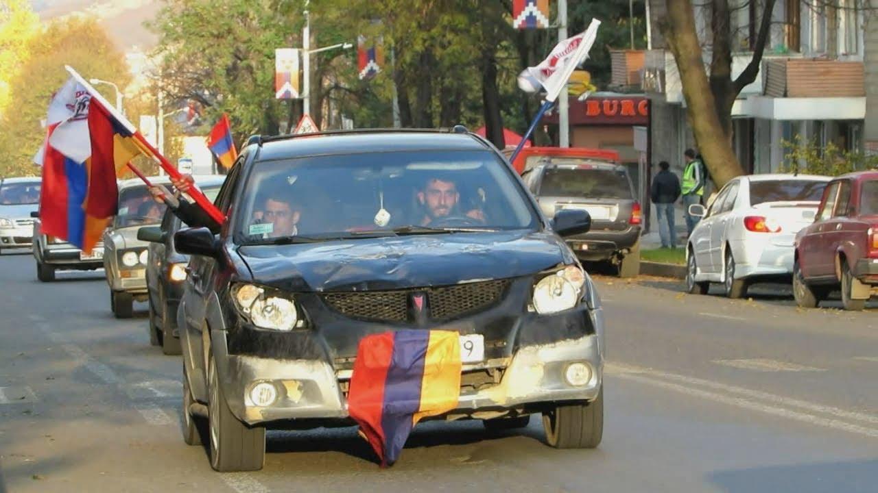 """Автопробег """"Сасна црер"""" из Армении в Нагорный Карабах"""