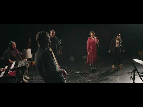 """""""Ленче"""" - Вториот сингл на Калата, бендот што компонира и преработува изворна македонска музика"""
