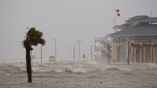 Hurricane Isaac - Into the EYE !! on the Gulf Coast - August 2012
