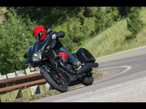 2017 Moto Guzzi MGX-21 Flying Fortress - Cycle News