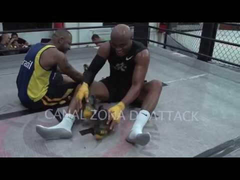 Baixar Anderson Silva treinando 2014