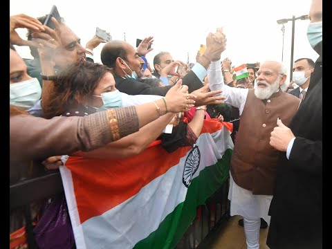 Watch: Indian community in Washington extends a warm welcome to PM Modi!
