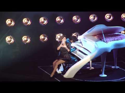 張惠妹--哭不出來@2010周杰倫超時代演唱會香港站尾場 HD
