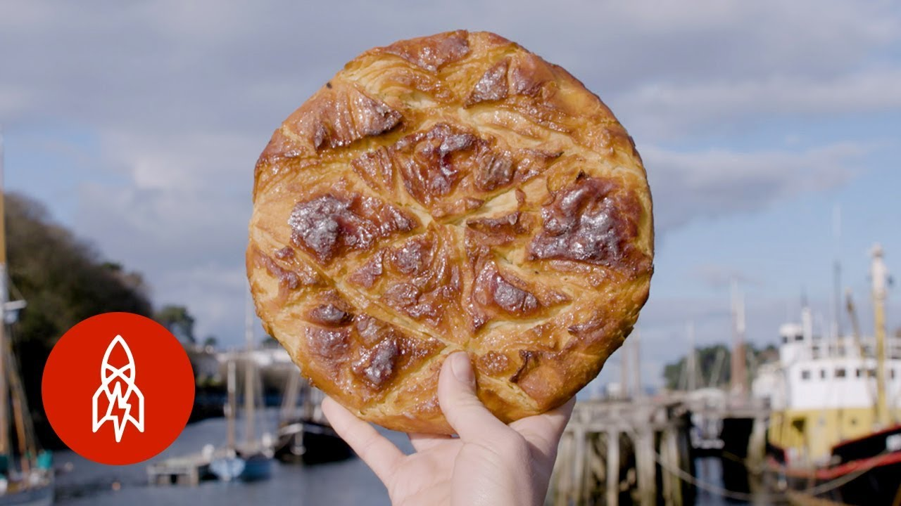 Trying the Fattiest Pastry in Europe · English listening exercise (intermediate level) bitgab