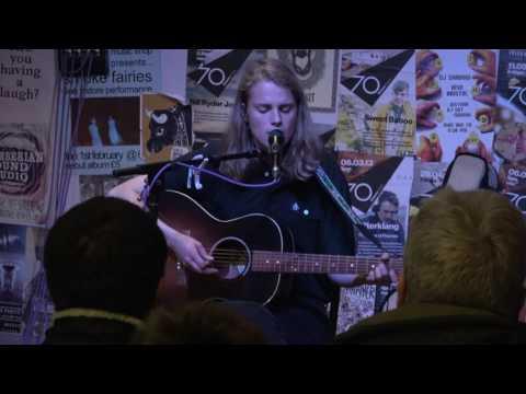 Marika Hackman - Apple Tree (live at Rise, Bristol - 5th June 17)