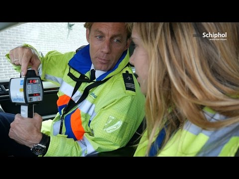 Sanne@Schiphol #8: Airside Authority