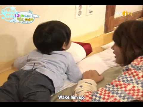 [SHINEE] Yoogeun waking up SHINEE~!! ^^