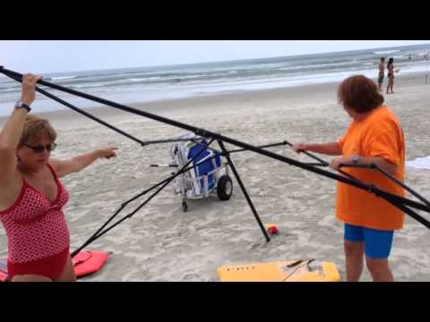 Women Brazenly Try To Steal Some Beach Gear...