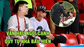 Văn Hậu được cựu chủ tịch CLB Hà Nội vuốt má yêu khi ngồi cạnh con trai bầu Hiển | Ted Trần TV