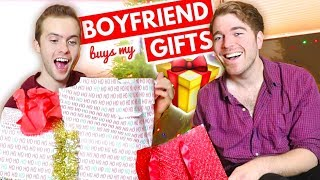 BOYFRIEND BUYS MY GIFTS!