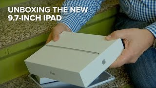 Unboxing the new 9.7-inch iPad