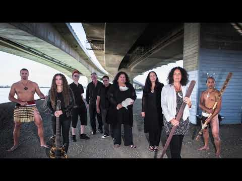 Moana And The Tribe - Tū