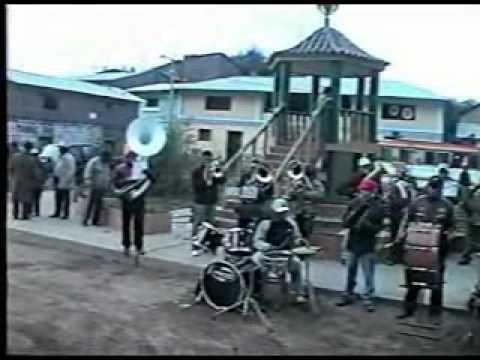 Banda Show Orquesta los Nobles de Ayavi - con su director Raul Rios Enciso / sede - ica  1/4