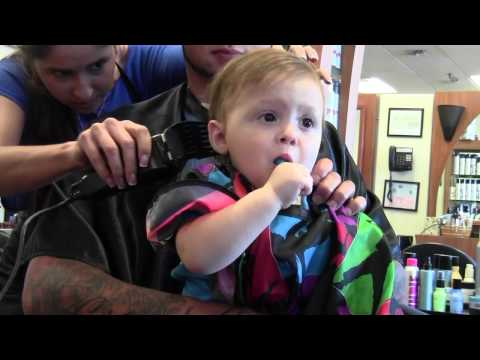 The Twins' 1st Haircut! - Smashpipe People