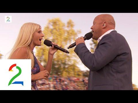 Maria Arredondo og Torstein Sødal synger
