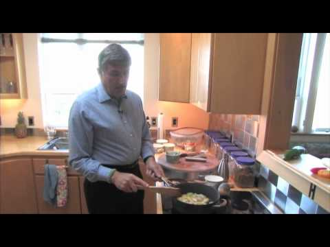 Stir Fry Cooking with Graham Kerr - YouTube