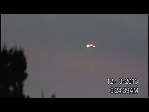Breaking News! UFO Sightings Massive Flying Saucer Today Watch Now!  Dec 3 2013 - Smashpipe Science