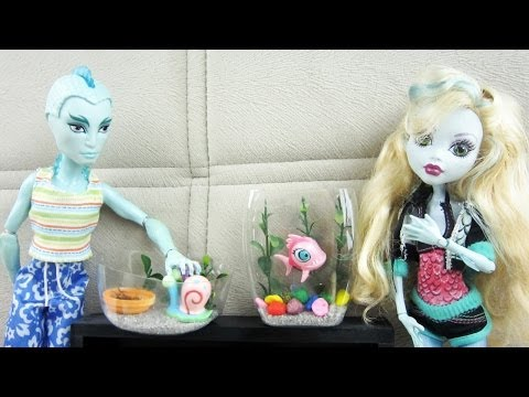 How to make a terrarium or an aquarium for Monster High