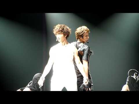 [fancam] HQ 100904 Yunho + Changmin - Maximum [SMTOWN LIVE 2010 in LA]