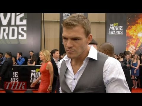 Alan Ritchson on the Action Sequences in 'Teenage Mutant Ninja ...
