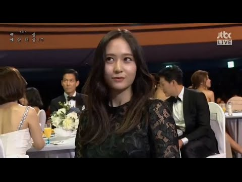 150526 Krystal 2015 Baeksang Arts Awards (LF TV Popularity Award)