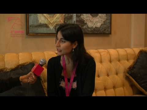 DIFF09 - Julia Bacha - Interview - YouTube
