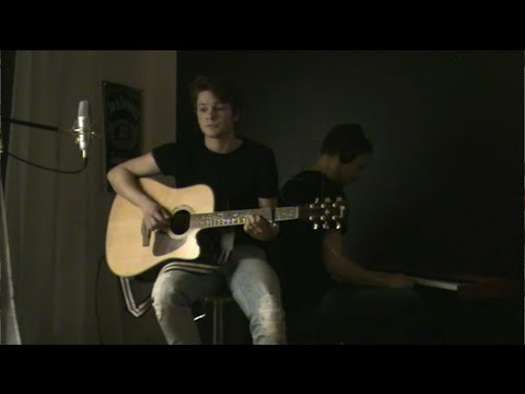Baixar Wrecking ball (Swedish version) - Alexander Eklund (Miley Cyrus cover)