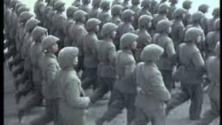 Tiến Bước Dưới Quân Kỳ / Lễ diễu binh 1955 & 2000 tại QTBĐ