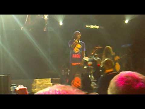Dizzee Rascal -  Freaky Freaky (M.E.N Arena 05/03/2010)