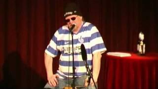 Markus Krebs verkauft T-Shirts