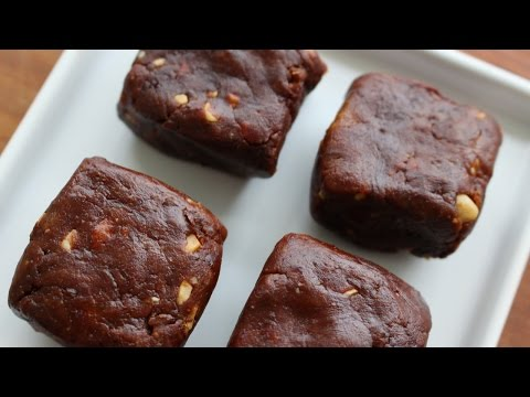 DIY: RAW CHOCOLATE DATE FUDGE (You must try this!!!!)