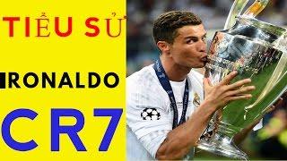 Tiểu sử của Cristiano Ronaldo ll cuộc đời và sự nghiệp Cristiano Ronaldo ll CR7 nhận quả bóng vàng