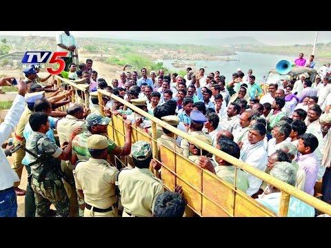 Telangana farmers protest near Pulichintala Project in AP