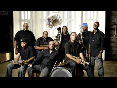 Baixar The Soul Rebels Brass Band - Sweet Dreams Are Made Of This (Eurythmics cover)