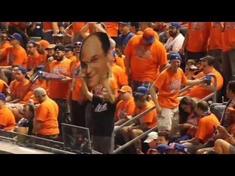300 Mets fans invade Yankee Stadium