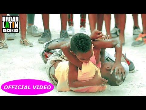 Baby Lores - De La Calle Soy (Video Oficial)