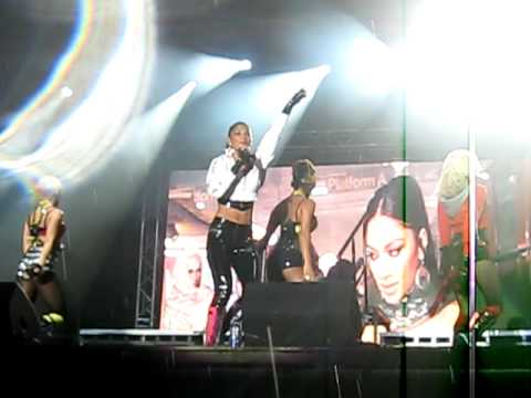 Baixar Pussycat Dolls - Jai Ho Live in Killarney