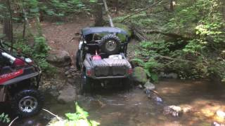 2016 Yamaha Wolverine R Spec creek climb