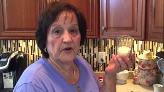 Rafelina's Calabrese Kitchen: Learn how to make Rafelina's Arancini Rice balls with cheese center!!!