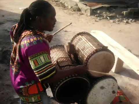 Tsooboi Ensemble - Samuel Odai Laryea of Tsooboi Ensemble On African Drums!