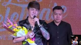 Út Lâm Chấn Khang nhận được giải thưởng từ NhacPro Tube