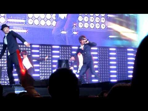 [111023] Kangta - 爱,频率 at SMTown NYC