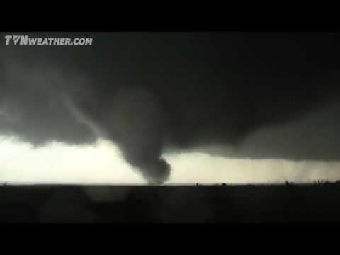 INSANE Tornado Suction Vortices! May 31, 2013 - El Reno, OK EF-5