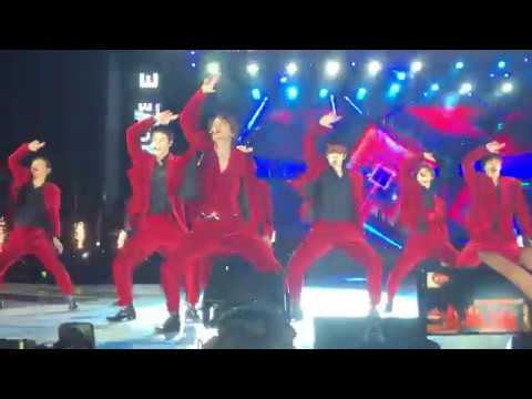 EXO SMTOWN in Santiago Chile 2019 - Love Shot