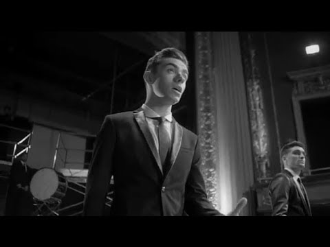 Baixar The Wanted 'Show Me Love (America)' Music Video