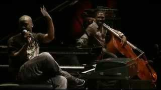 Robert Glasper Trio - LIVE at The Village Vanguard -  Double Black